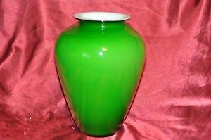 Beautiful Chinese green glaze porcelain vase