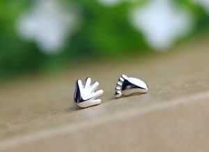 "Fashion 925 Sterling Sliver Cute""Hand & Foot"" Stud Earring One Pair Beautiful"
