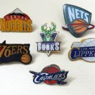(CHOOSE YOUR FAVOURITE) NBA BASKETBALL TEAMS PIN BROOCH BADGE SOUVENIR