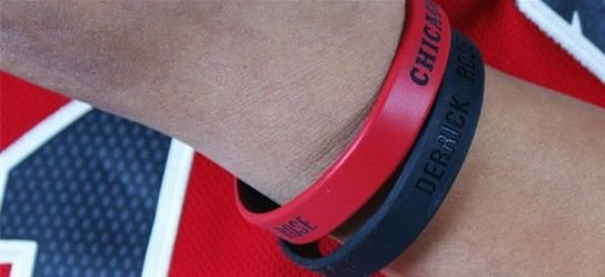 NBA*CHICAGO BULLS DERRICK ROSE* BASKETBALL ID WRIST BANDS BRACELET (ADULT SIZE)