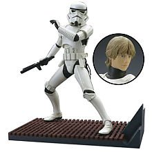 Koto Star Wars Model: Storm Trooper/Luke