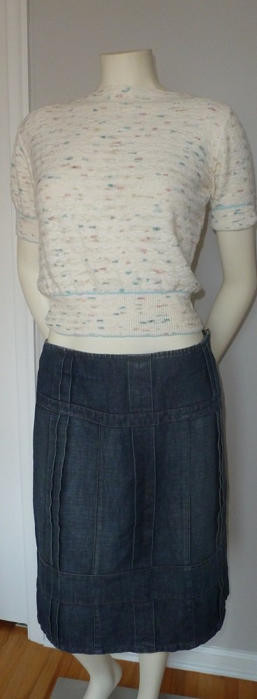 Armani Exchange AX Denim Skirt in Distressed Tone Size 6 Knee Length Size 6
