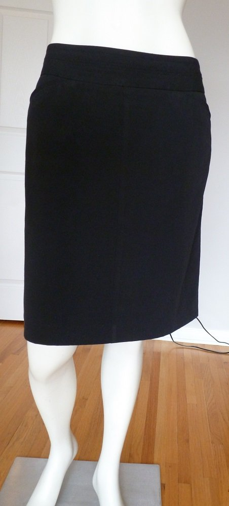 Classic A-line Black Skirt by Worthington Size 8P Pockets Decorative stitches