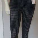 Woman Skinny Pant in Black and White Plaid Pencil Size M\L  Trousers Stretchy Slim Pockets Checkers
