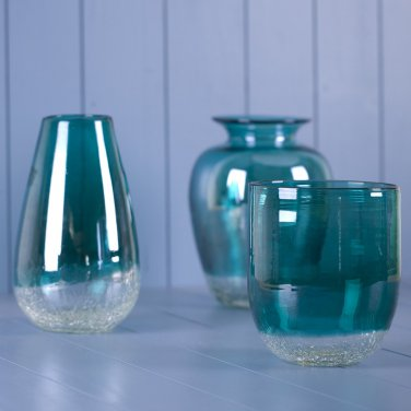 Glitzhome 9.06 Inch Handblown European Classical Tabletop Glass Vase, Turquoise