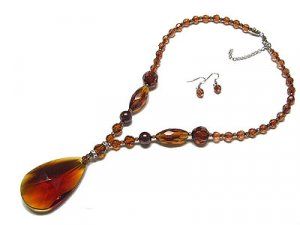 Beautiufl Brown Glass Tear Drop Necklace and Earring Set