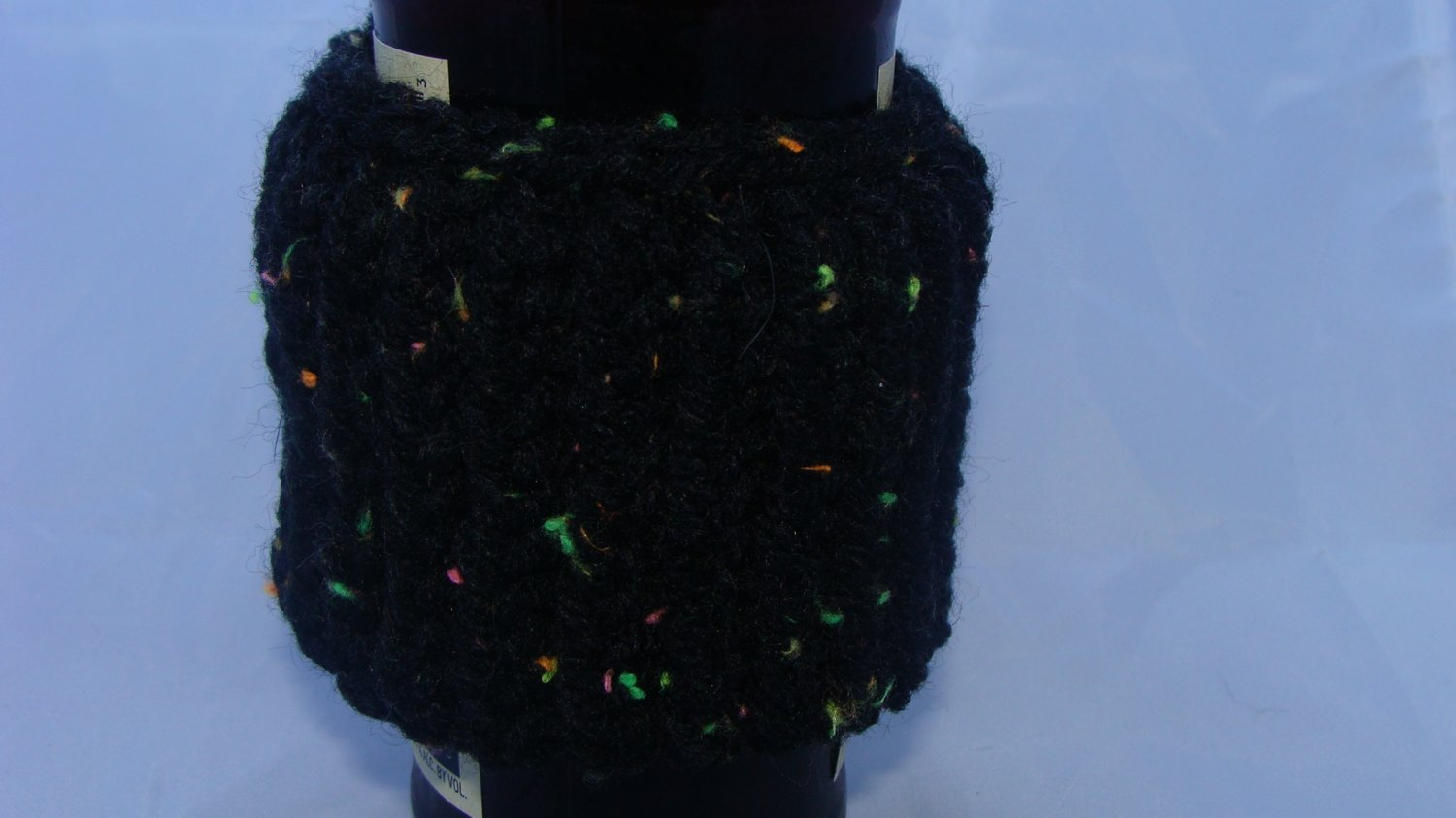 Black small bottle/can koozie
