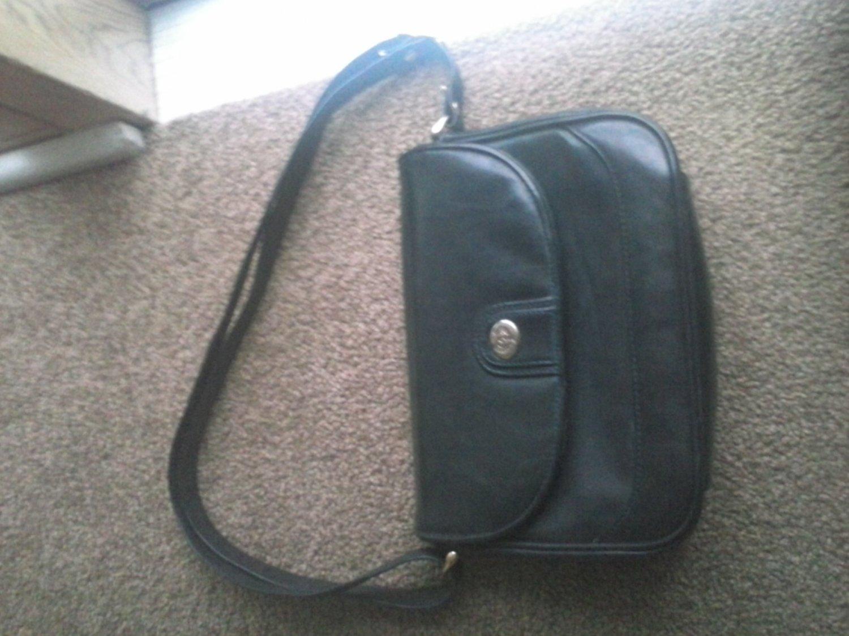 Handbag by Japelle