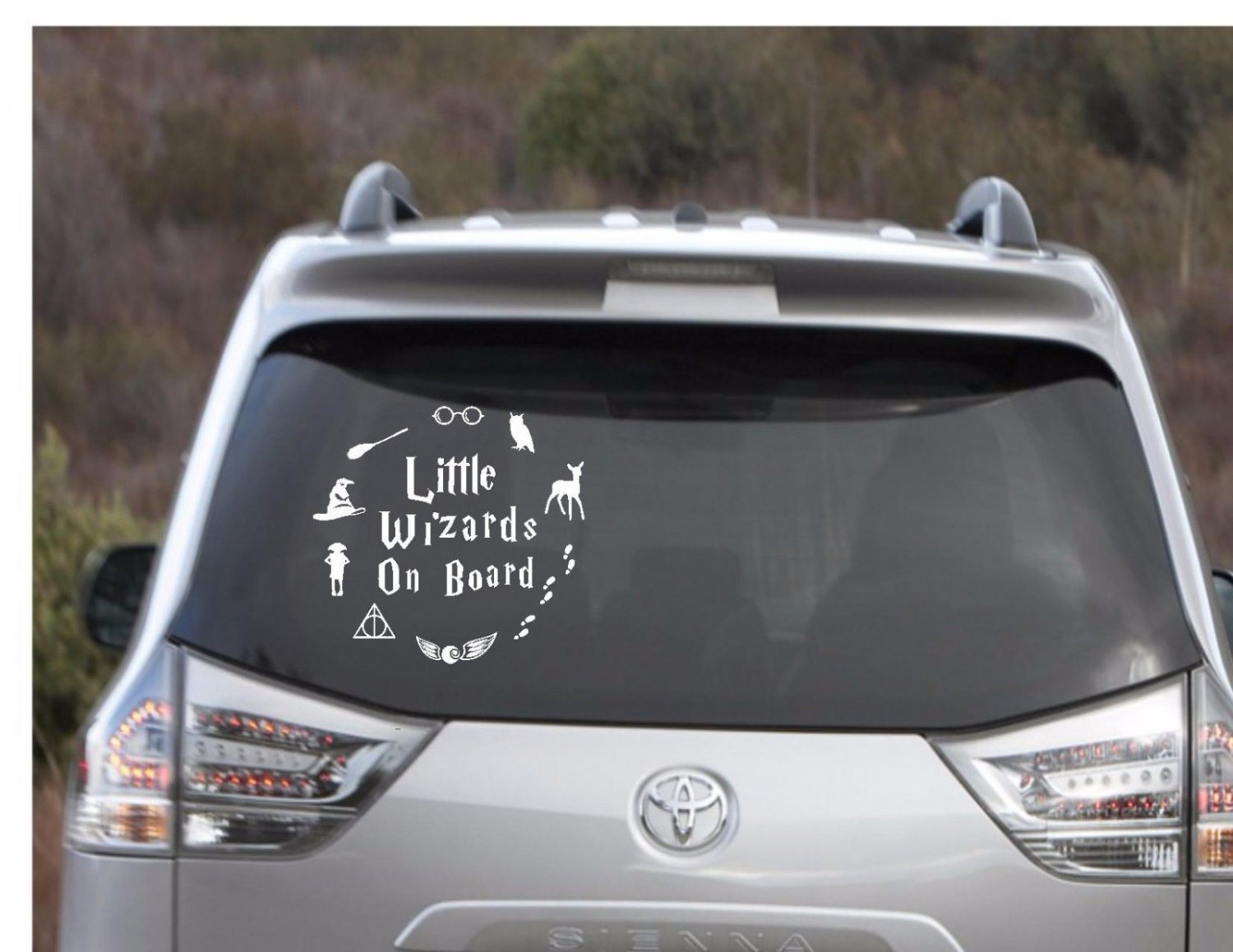 """Harry Potter - Little Wizard On Board Decal 5"""" Round"""