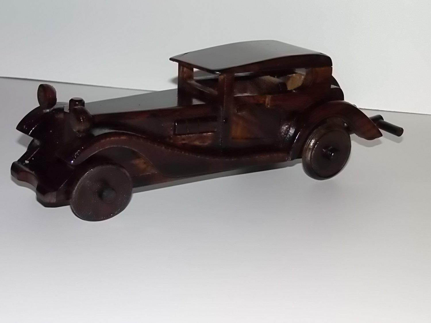 wooden car ornament limousine