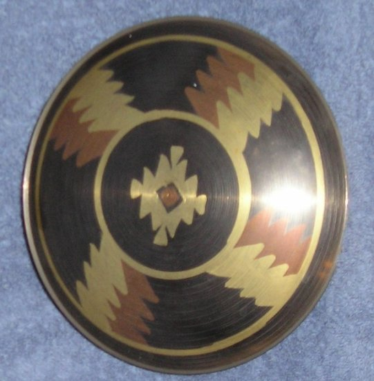 Black & Gold Metal Plate - Stylish - BRASS Finish! NEW!