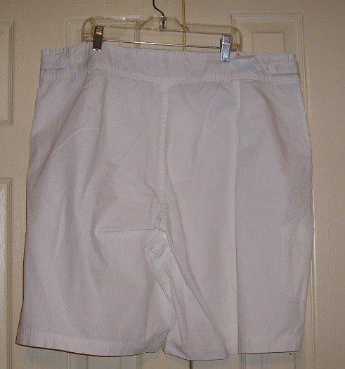 NEW Bill Blass Shorts 20W White NWT Cute!