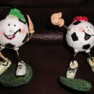 4 Wire Soccer Statues - Cute - NEW GREAT LOT !!