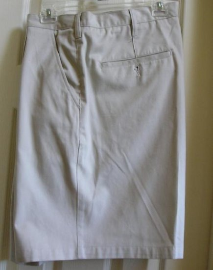 Mens Shorts Size 44 Waist Wrinkle Resistant Gr8 Color NEW!