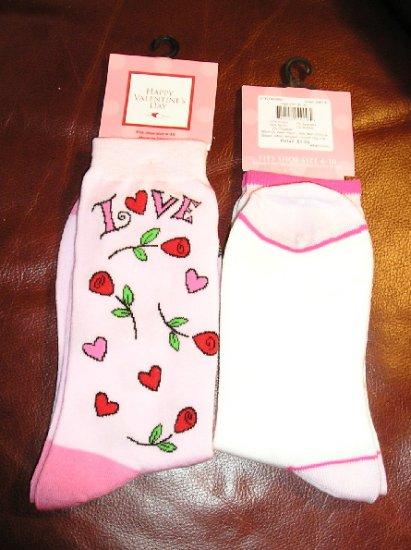 Valentine Socks Happy Valentine's Day 2 Pair Womens Socks Roses Hearts Love NEW