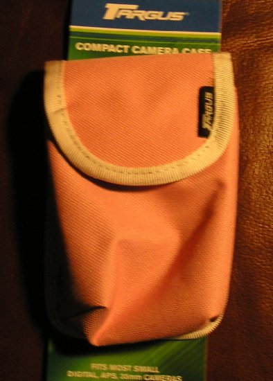 Compact Camera Case by Targus PINK with Belt LOOP NEW