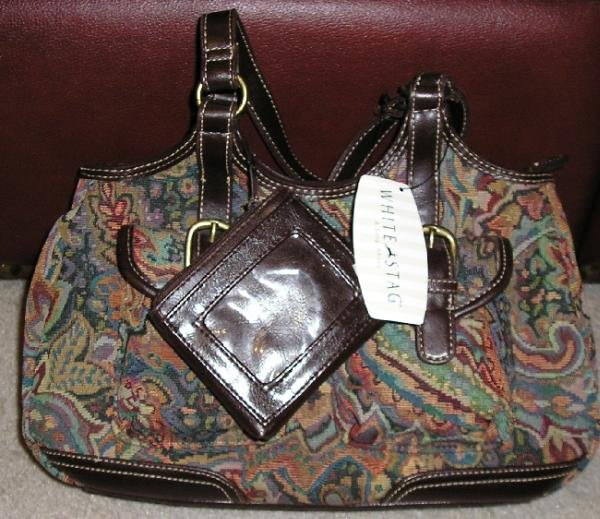NEW Tapestry Style 2 Handle Purse + Bonus Change Holder