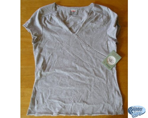 Danskin Ash Gray Active Wear Fitness Shirt Top Sz Small NEW