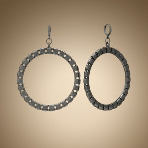 NEW Jennifer Lopez Jet Mesh Hoop Drop Earrings PRETTY FREE SHIPPING
