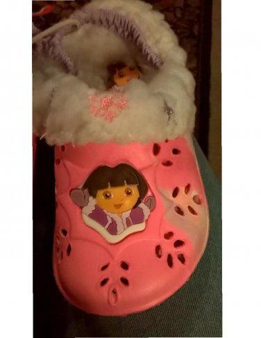 Dora the Explorer Girls Pink Fleece Lined Clogs Sz 4 NEW