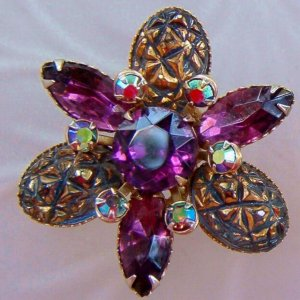 ANTIQUE JULIANA-STYLE AMETHYST RHINESTONE EARRINGS (E40)