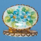ANTIQUE HAND PAINTED PORCELAIN FRIENDSHIP BROOCH (FF1)
