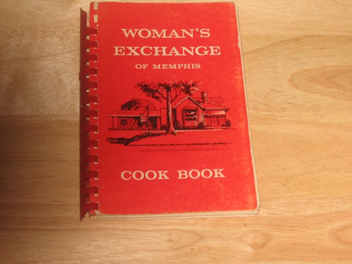 1964 Woman's Exchange of Memphis Cookbook
