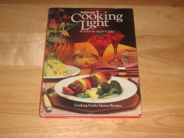Southern Living Cooking Light-Susan M. McIntosh