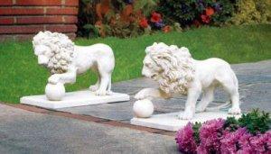 Garden Lion Pair