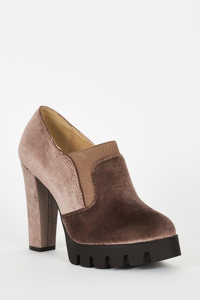 Mocha Velvet Block Heel Platform Shoes (RP366579)