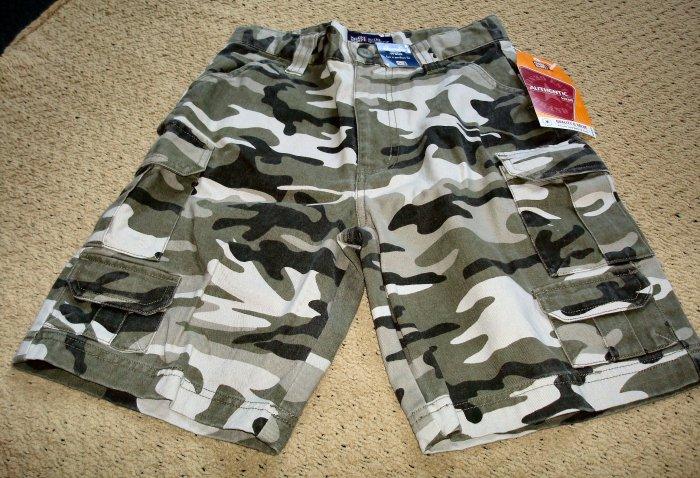 Boys NWT Adjustable Waist Camouflage Cargo Shorts Size 8