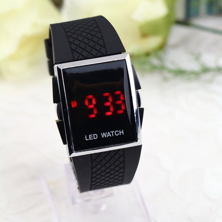 New Watches Stylish LED Luxury Digital Date Sports Wrist Watch BLACK LK