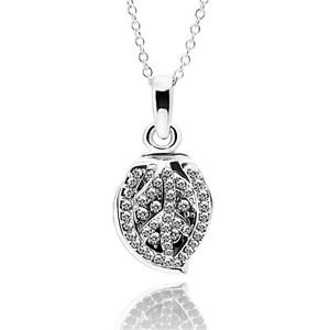 Platinum Plating Nickle Free Antiallergic Necklace Women Elegant Waterdrop Shape