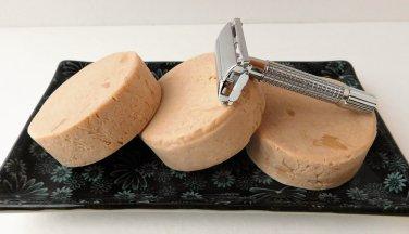 Amber Sandalwood Shaving Soap