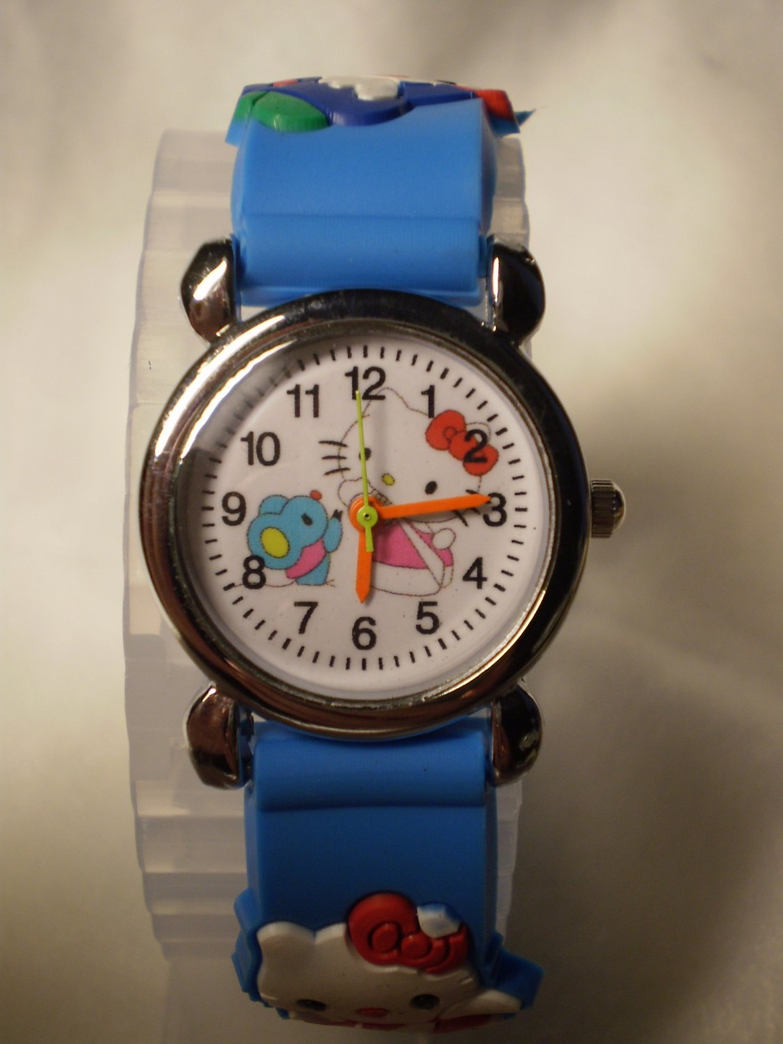 Hello Kitty 3 dimensional wrist children watch with blue rubber band