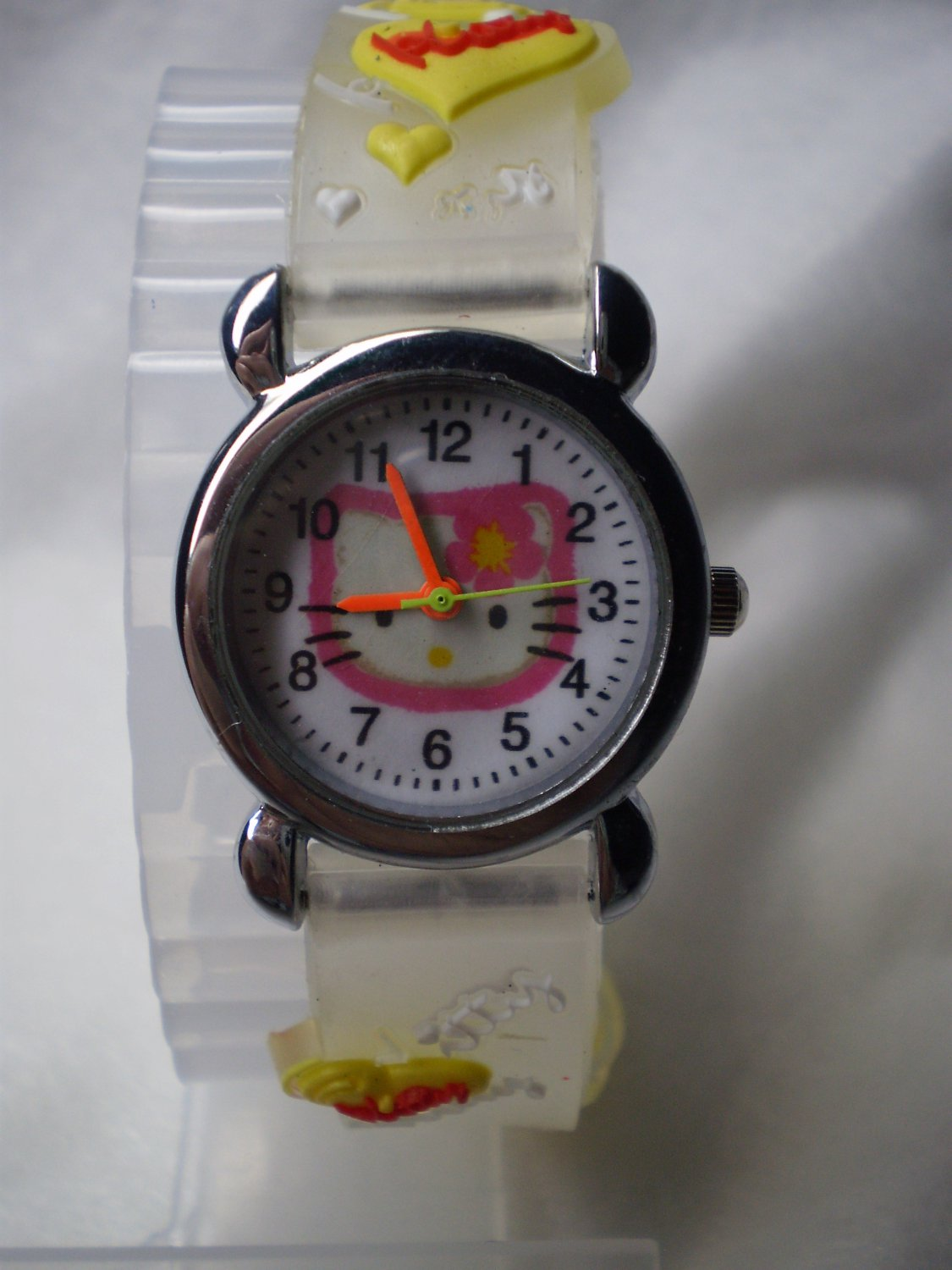 Hello Kitty 3 dimensional wrist children watch with white rubber band