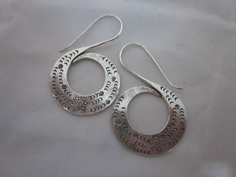 Fine Fashion Silver Earrings Hill Tribe Tribal Bali Style S Gigantic BOHO ER111