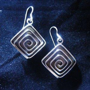 Fashion earrings Hill tribe Genuine silver thai karen tribal Spiral Square ER144