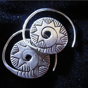 Fine silver earrings Hill tribe Thai karen Handmade Solid spiral circle shape