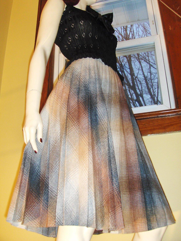 Vintage 70s Schoolgirl Pleated Plaid High Waisted Aline Wool Skirt S/XS