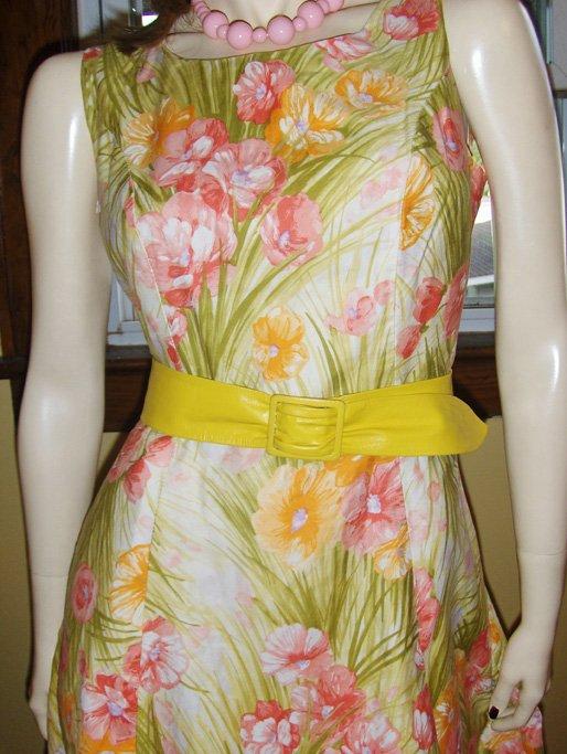 Vintage 60s Watercolor Floral Garden Print Shift Dress M.