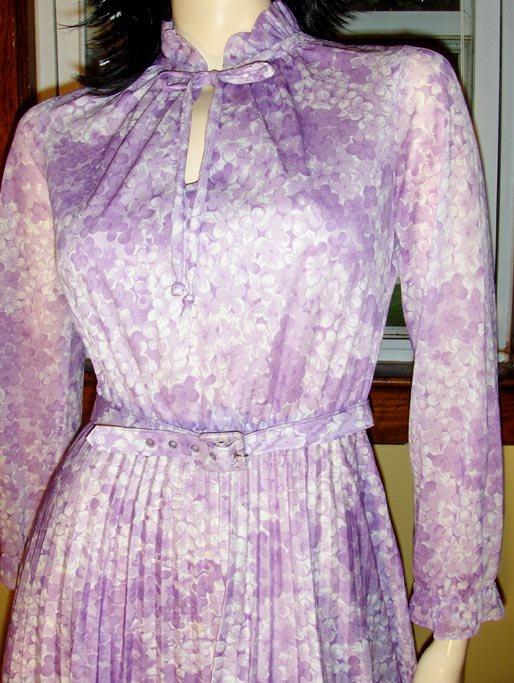 Sophisticated Lady Vintage 70s Lavender Floral Accordion Pleat Dress S.