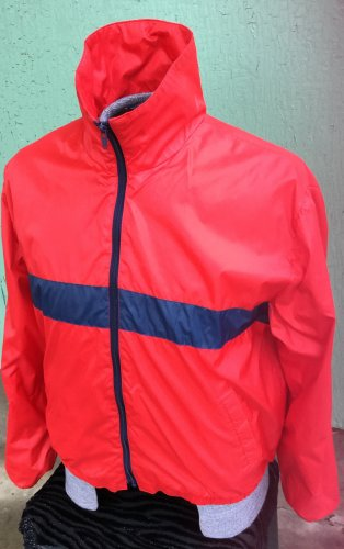 Vintage 70s Men's Red Sporty Blue Stripe Nylon Windbreaker Jacket Sz L