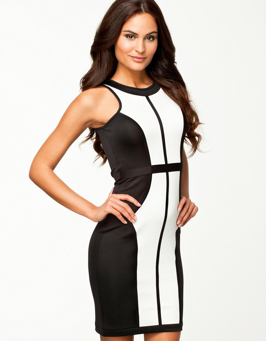 Sexy New Sleeveless One Size Black And White Dress With Unusual Details W573961
