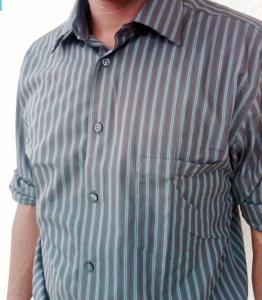 16.5- 32/33 Alfani men's dress shirt  I ron Free /Slim Fit DK- brown stripe - LARGE