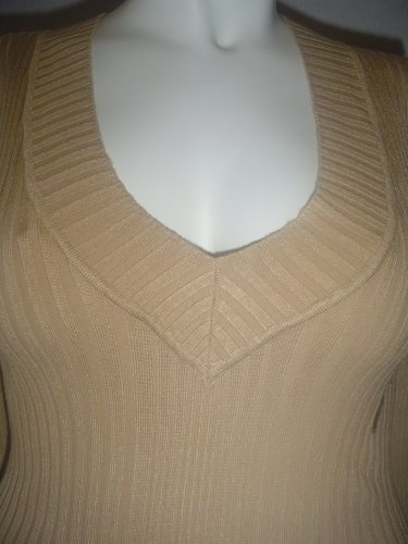 NWT v neck ribbed long sleeve top. tan  / nude/ brown