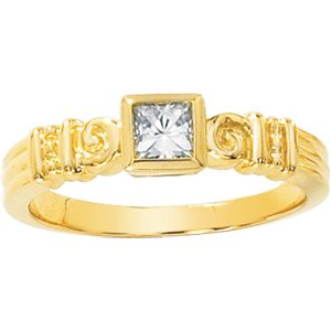 Retro Style Moissanite Princess (Square Brilliant Cut) Ring