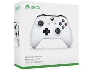 Wireless Microsoft Controller Works With All Xbox One Systems White 3.5mm Headset Jack Bluetooh Xb1