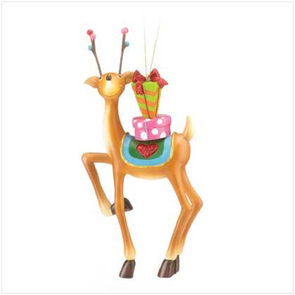REINDEER WITH GIFT ORNAMENT