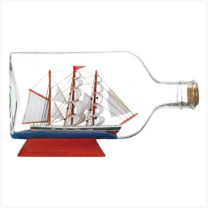 BOAT IN BOTTLE